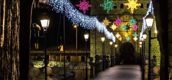 Lucea de Navidad en el puente de San Martín.