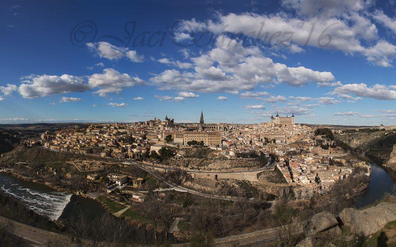 """""""Toledo: Peñascosa pesadumbre, Gloria de España y Luz de sus ciudades"""""""